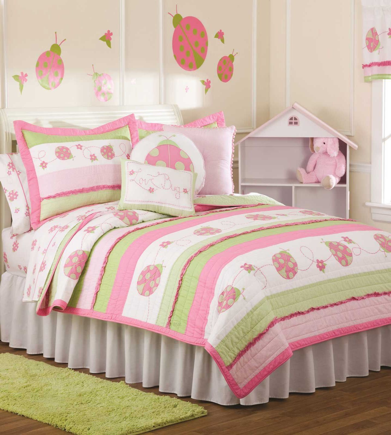 Pem America Crazy Ladybug Full Queen Quilt Set